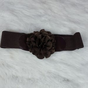 Cute stretchy brown flower belt